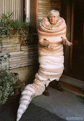 Hilariously Adorable Old People Halloween Costumes