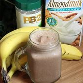 Low-Carb Chocolate Peanut Butter Smoothie