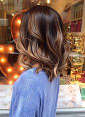 Coiffure; brief hair; balayage; mild brown