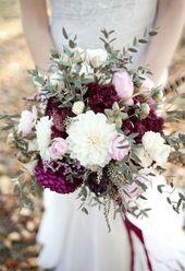 Bohemian-Hochzeitsinpiration in Beerenfarben und M…