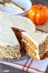 Kürbis-Karotten-Torte mit Frischkäse-Zuckerguss – Eine feuchte Torte mit …
