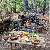 Fire pit-idé, kanske införlivas i stödväggen #camping #natur #trave …