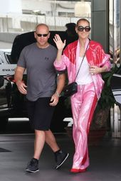 How To Nail The Sleepwear Trend Like The A-listers