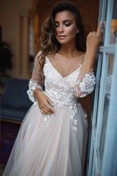 Fashion And Beautiful Winter Wedding Dresses For Girl