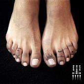 Photo de (mealmoo) sur Instagram   #toetattoo #toe … – #beto #Instagram #mealsm …   – Tattoo Fuß