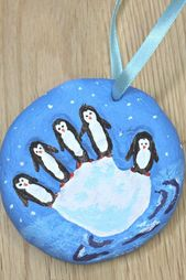 Penguin Craft – This salt dough handprint ornament…