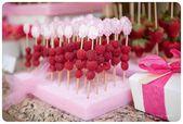 Pink Baby Shower: Obst: Ein Stück Styropor aus … – #Baby #Obst #Stück #Pin …  – Isabel