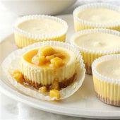 Einfache Mini-Karamell-Apfel-Käsekuchen – Halloween – #Apple #Caramel #Cheesecakes …   – Thanksgivings