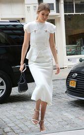 Gigi Hadid Photos Photos: Gigi Hadid Arrives Home in NYC