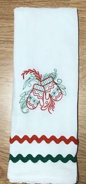 Embroidered Flour Sack Towel – Christmas Flour Sack Towel – Mittens Towel – Christmas Towel