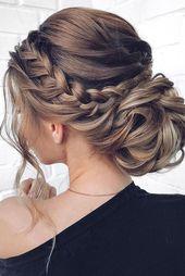 Cheveux Attachés : 20 Idées De Coiffures À Copier – Trending Topics