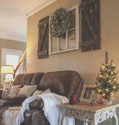 Siehe dieses Instagram-Foto von @downdixieroad • Galeriewand über der Couch DIY-Deko …