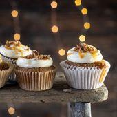 Lebkuchen-Gewürz-Cupcakes mit weißer Schokolade Schlagsahne-Käse-Zuckerguss mit …