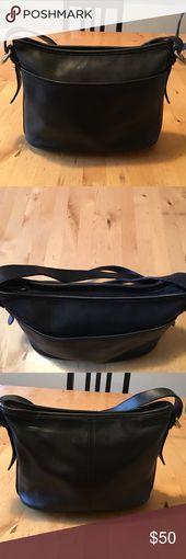 discount coach handbags outlet og9t  Coach Bag  Great Coach Bag Great Condition 7x11
