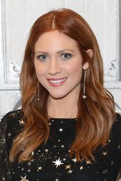 Es ist erstaunlich, wie mühelos schön Brittany Snow mit roten Haaren aussieht, …   – { Quick and Easy Hair }