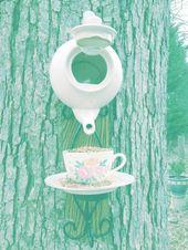 Upcycled Tea Set Vogelhäuschen