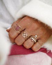 Chona del Mundo.and.chon – www.chonandchon.com – bijoux en or, blogueur de bijoux, …   – Jewelry Design
