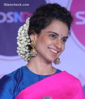 Kangana Ranaut Steals The Show In A Pink Saree Saree Hairstyles Curly Hair Styles Braided Hairdo