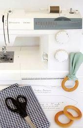 // Bunny Ear Baby Beißring DIY – alles was du brauchst sind fünf Minuten, ein bisschen Schrott …   – sewing