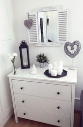 Decorating the dresser – Arts & Crafts – #Decorate #Dresser #Art Craft
