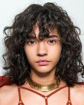 Kurze Frisuren für Frauen mit lockigem Haar - image 202d9a6a4867dbd9401766b9497cfda8 on http://hairforstyle.com