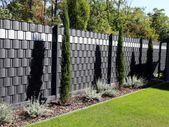 Sichtschutzwände für Garten und Terrasse