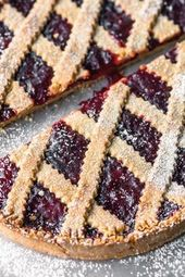Linzer cake after family recipe   – Backen