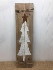 Rustic Tree Door Sign – Christmas Tree Plank – Rustic Pallet Wall Art – Front Door Sign – Farmhouse Decor – Rustic Christmas – 42×11