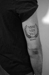 Petits dessins de tatouage pour hommes avec des significations profondes   – Herren Frisuren