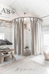 Best 35 Clothing Boutique Interior Design Ideas You Need To Try / FresHOUZ.com