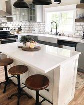 46 Chic Farmhouse Kitchen Design et idées de décoration pour s'amuser en cuisine