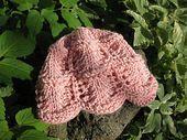 Lacy Hut für Neugeborene und Säuglinge arbeitete von der Krempe aufwärts, in der … ,  #arbe…