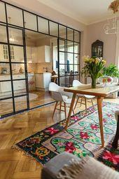 Ich liebe die Idee, Glas als Wand zwischen Küche und Tisch zu verwenden, #kuche …
