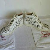 Christian Louboutin Schuhe | Christian Louboutin Flat Calf Spikes Weiß Unisex | Farbe: Weiß | Größe: Us8.5 Womens Us7.5 Mens
