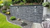 Outdoor wall cladding made of plastic – Mira Wa – #aus #Outdoor area …   – bepflanzung