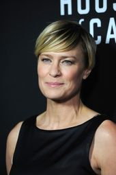 30 best short hairstyles for women over 40