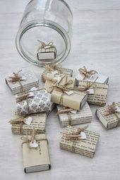 Kleine Geschenke können in gepimpten Streichholzschachteln verpackt werden …   – Geschenke verpacken