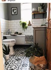 Super cute small bathroom – #bathroom #Cute #Small #subwaytiles #super