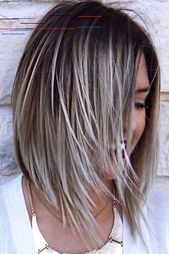 Schmeichelhafte Frisuren für Frauen über 50 –  – #Kurzhaarfrisuren – #frauen #frisuren #kurzhaarfrisuren