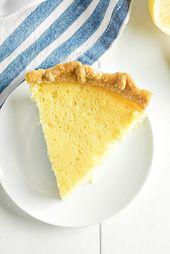 Old Fashioned Buttermilch Lemon Pie ist cremig mit einem schönen Zitronengeschmack. Es …