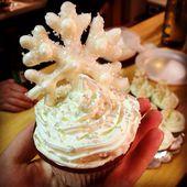 My Homemade Gingerbread Cupcakes mit Schlagsahne-Käse-Zuckerguss und Handpip …