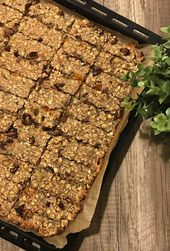 Muesli bar – simple & delicious homemade   – Gesunde Süßigkeiten