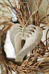 Wie man Papierherzen aus alten Buchseiten macht   – Basteln