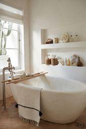 Solid White Bathtub // Wall Shelving – #bath #Bath…