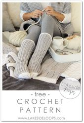 This easy crochet sock design has a beautiful waff…