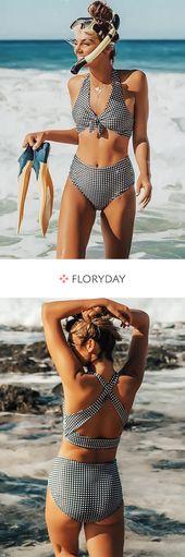 Bikinis mit Blockfarben
