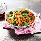 Kylling i wok med nudler