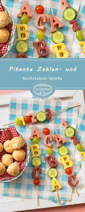 Pikante Zahlen- und Buchstaben-Spieße mit Salami-Käse-Snacks
