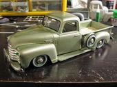 50er Jahre Chevy 3100, Plastikmodellauto im Maßstab 1/25 (Hersteller unbekannt) – Model cars 5