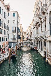 Es ist kein Geheimnis, dass eine der besten Attraktionen in Venedig eine Gondelb…